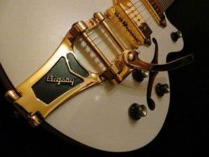 Guitarra rockabilly