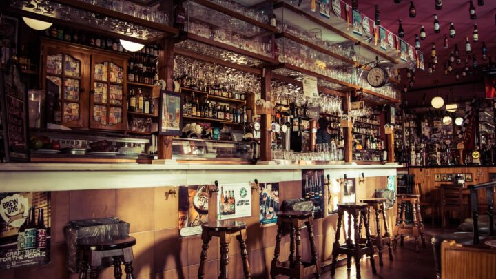 Decorar un bar de forma retro